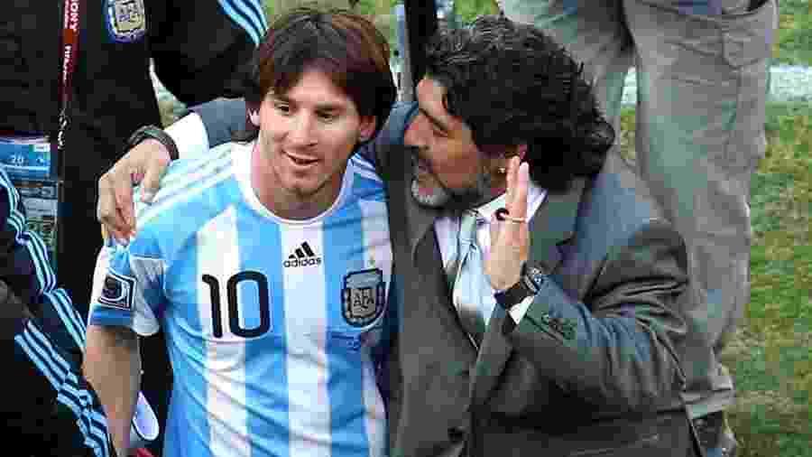 Messi e Maradona trabalharam juntos na seleção argentina durante a Copa-2010 - Getty Images