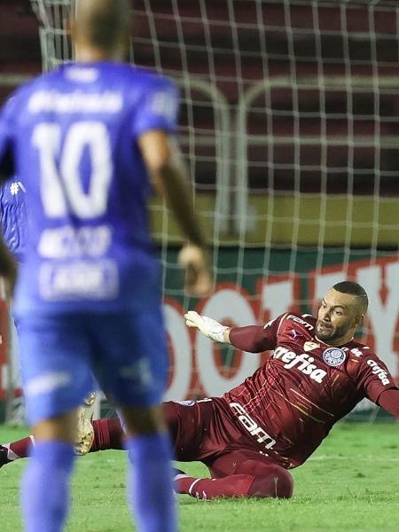 Weverton durante a partida entre São Bento e Palmeiras, em Volta Redonda - Cesar Greco