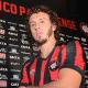 Cruzeiro acerta contratação de ex-lateral direito do Fla e Atlético-PR