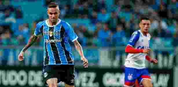 Luan em ação pelo Grêmio contra o Bahia na arena localizada em Porto Alegre - LUCAS UEBEL/GREMIO FBPA - LUCAS UEBEL/GREMIO FBPA