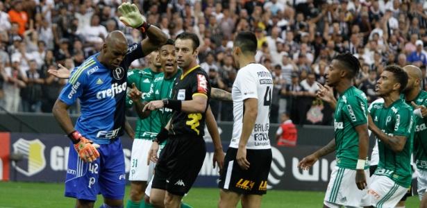 Último clássico entre Corinthians e Palmeiras teve expulsão de Jailson como polêmica - Fábio Vieira/FotoRua/Agência O Globo