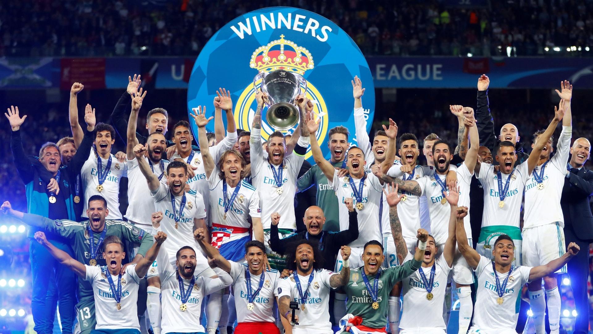 Elenco do Real deixa garrafas e leva lembranças de vestiário da Champions -  Esporte - BOL c66a4ca6d4035