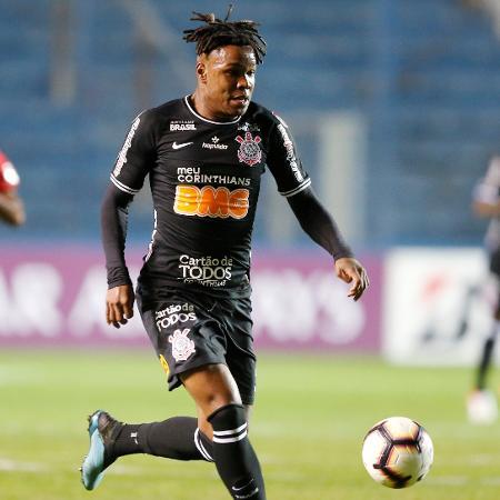 Matheus Jesus, durante partida entre Corinthians e Montevideo Wanderers - REUTERS/Andres Stapff