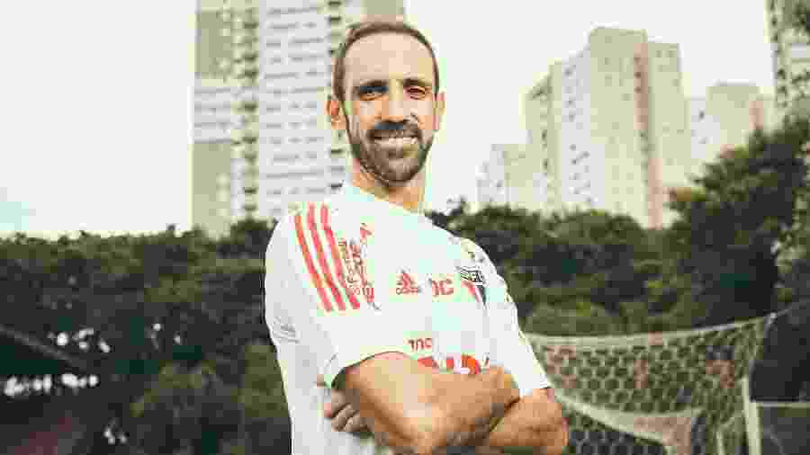 Juanfran, jogador do São Paulo Futebol Clube - Marcus Steinmeyer/UOL
