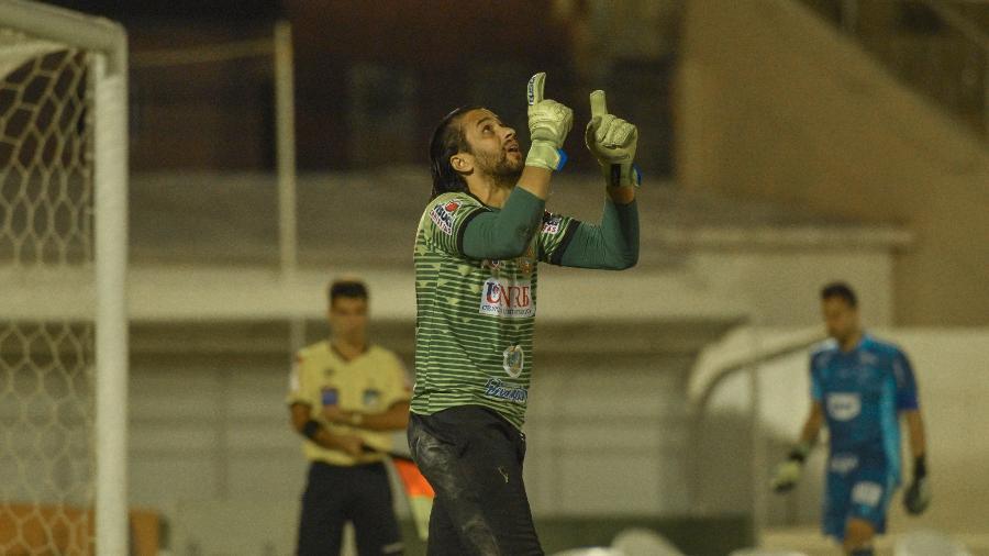 Rodrigo Calaça começou no Goiás e, aos 40 anos, se tornou herói da modesta Juazeirense-BA - Adolfo Júnior/Divulgação