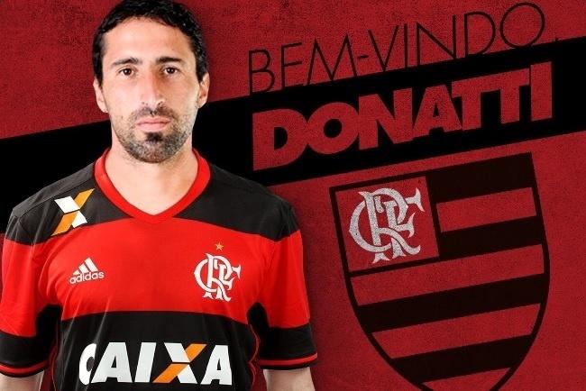 Alejandro Donatti já vestiu a camisa do Flamengo e foi apresentado no Ninho do Urubu