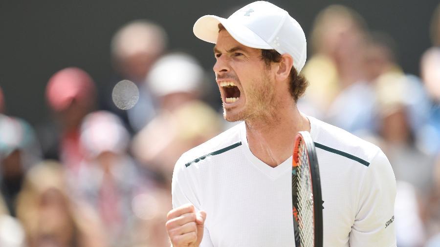 Andy Murray comemora ponto conquistado contra Sam Querrey em Wimbledon - Toby Melville/Reuters