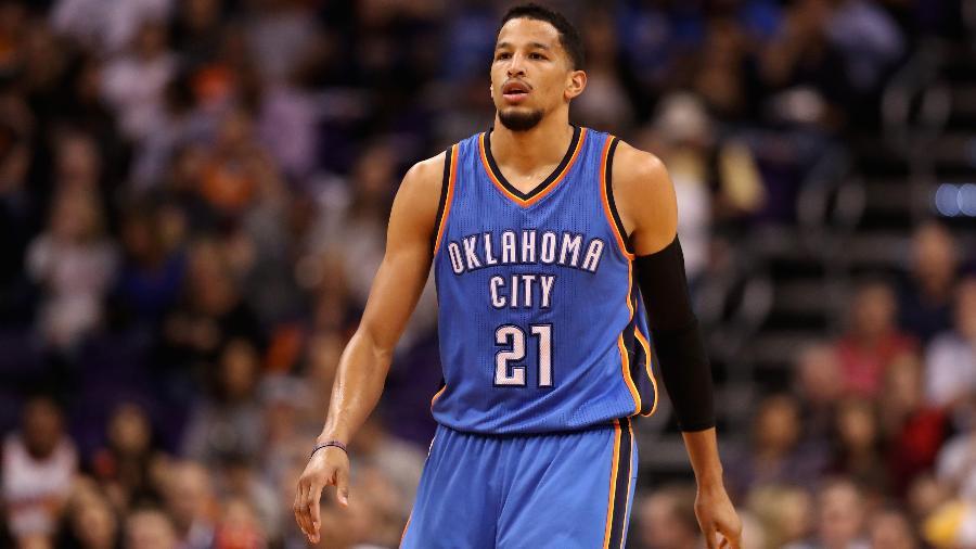 Andre Roberson em ação pelo Oklahoma City Thunder em jogo contra o Phoenix Suns - Christian Petersen/Getty Images