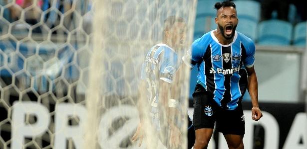 Fernandinho, do Grêmio, não tem permanência garantida no ano que vem - Ricardo Rimoli/AGIF