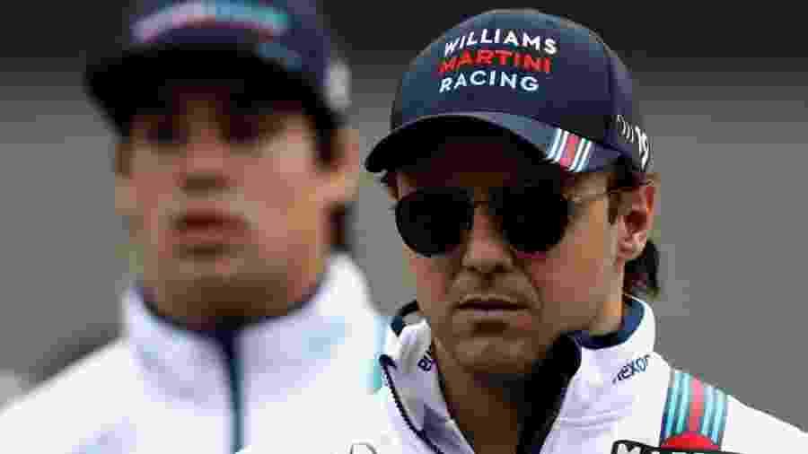 Felipe Massa e Lance Stroll no paddock de Suzuka, no Japão - Clive Mason/Getty Images