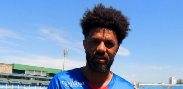 Cristian jogará o Paulistão com a camisa do São Caetano - Fabrício Cortinove