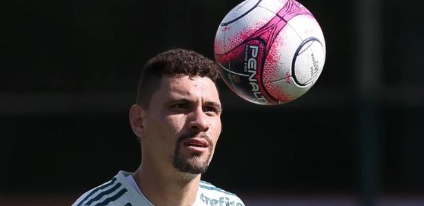 Moisés deve voltar antes do previsto inicialmente no Palmeiras