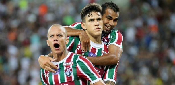 Marcos Jr. e Pedro festejam gol do Fluminense: ataque em 2018 passa pelos dois