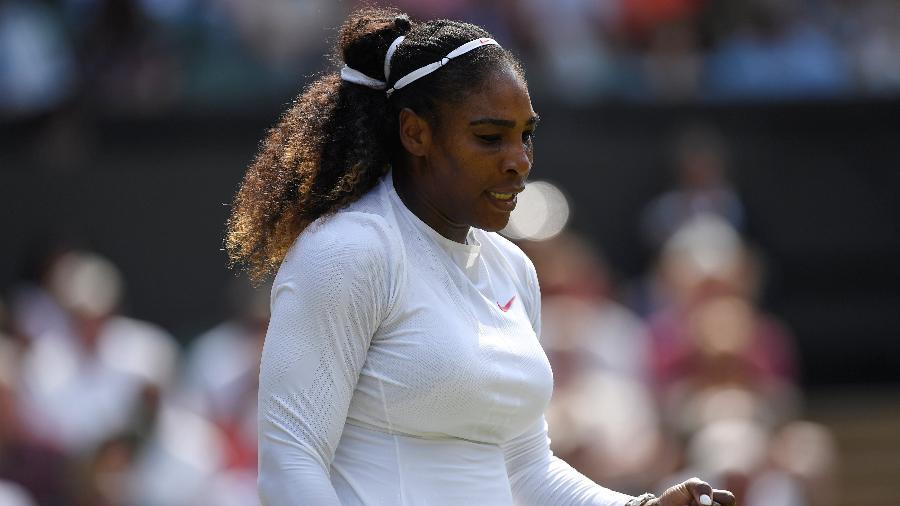 """Serena Williams em ação em Wimbledon - Tony O""""Brien/Reuters"""