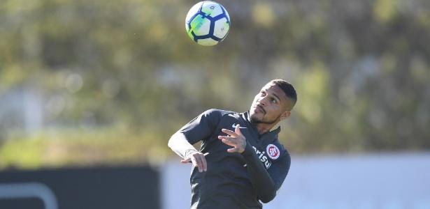 Atacante Paolo Guerrero poderá treinar a partir de terça-feira no Internacional - Ricardo Duarte/Inter