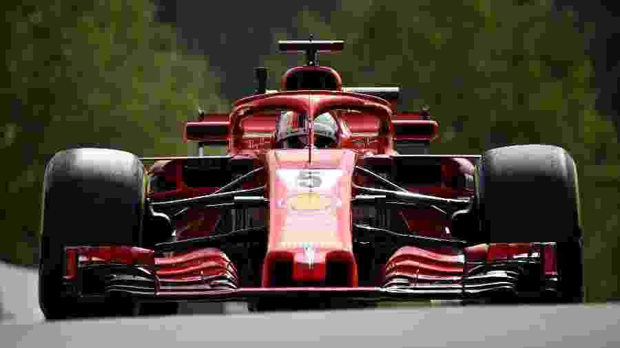 Sebastian Vettel lidera treino livre com a Ferrari na Bélgica - John Thys/AFP