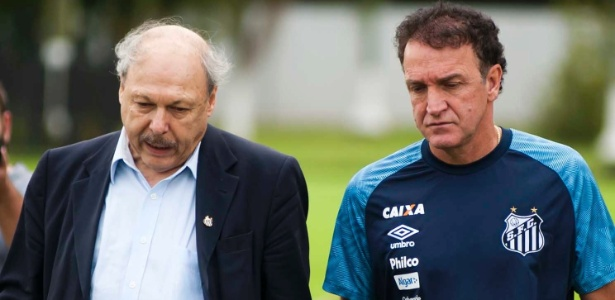 Presidente Peres ao lado do técnico Cuca durante treino do Santos - Ivan Storti/SantosFC