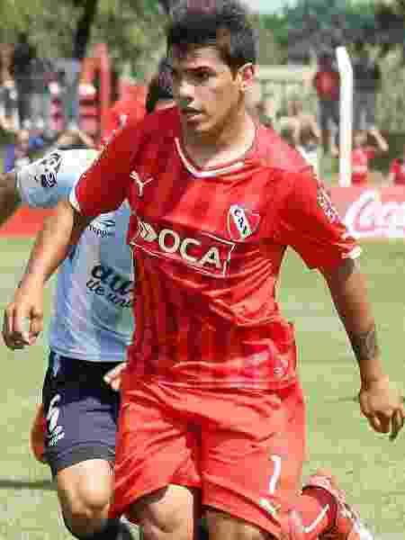 Alexander Gastón del Castillo, atacante, irmão de Aguero, estreou em 2016, pelo Independiente - Divulgação