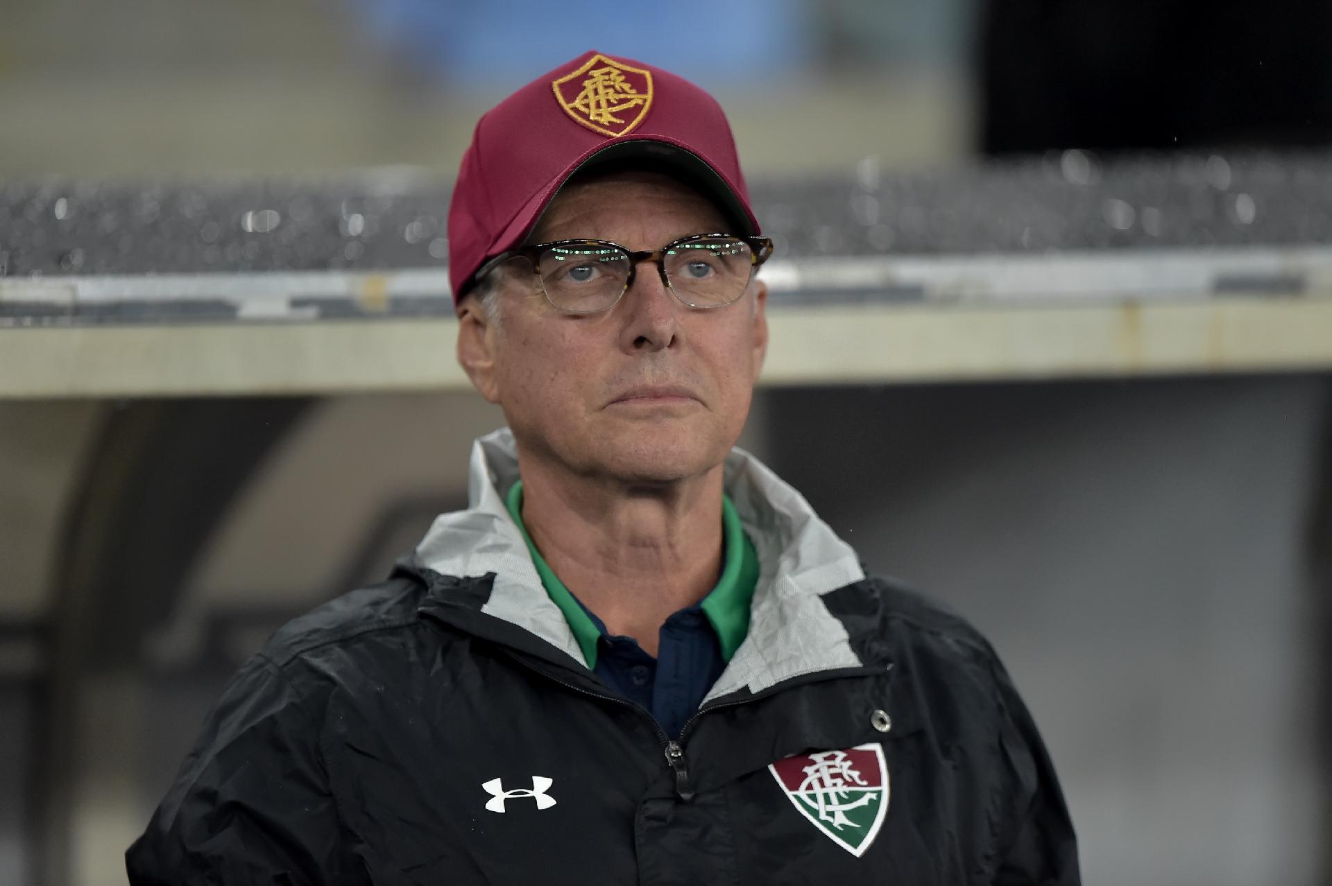 Oswaldo de Oliveira, durante partida entre Fluminense e Santos