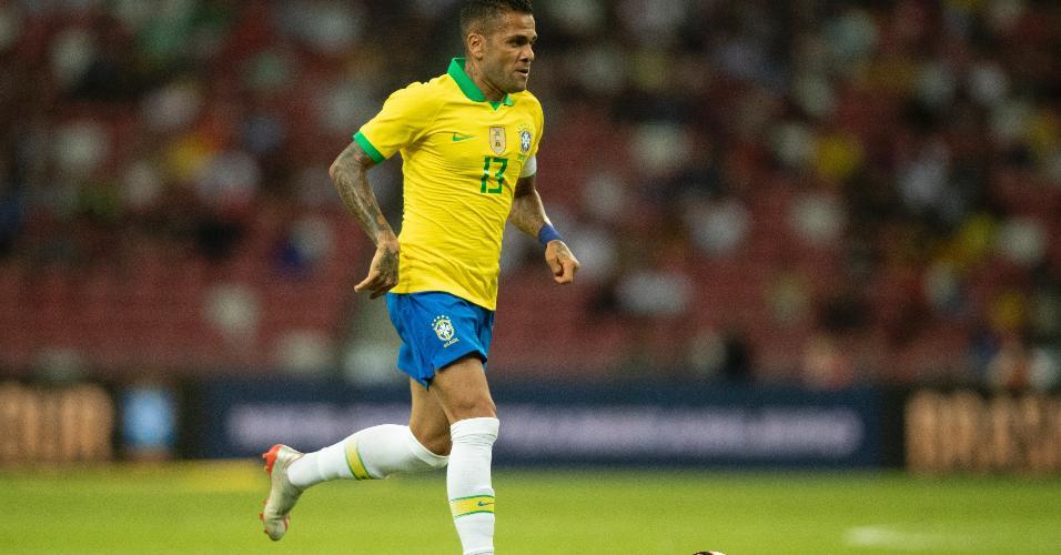 Daniel Alves, durante amistoso da seleção brasileiro contra Senegal