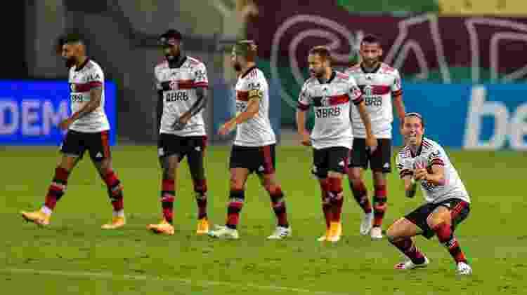 Filipe Luís marcou o primeiro gol da vitória do Flamengo no clássico com o Fluminense - Thiago Ribeiro/AGIF - Thiago Ribeiro/AGIF
