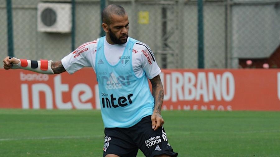 Daniel Alves - Reprodução/Twitter