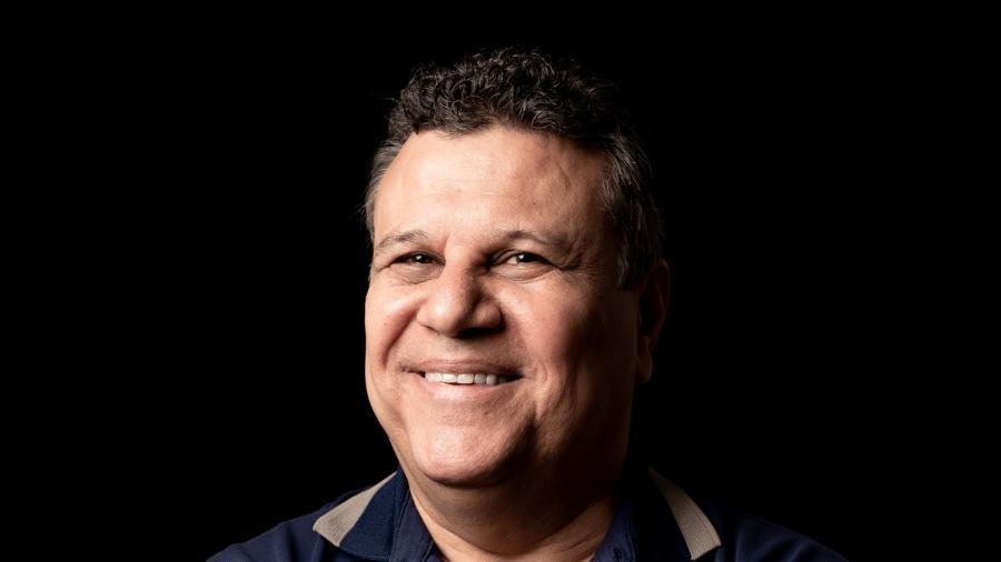 Téo José, titular das transmissões da Libertadores no SBT: proximidade grande com a Conmebol é evidenciada na última semana - Marcus Steinmeyer/UOL