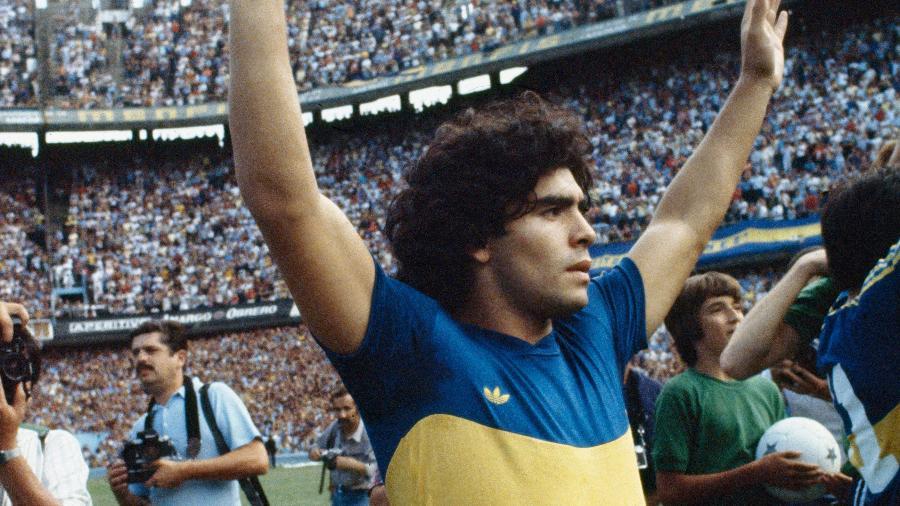 Diego Maradona com a camisa do Boca Juniors - Horacio Villalobos/Corbis via Getty Images