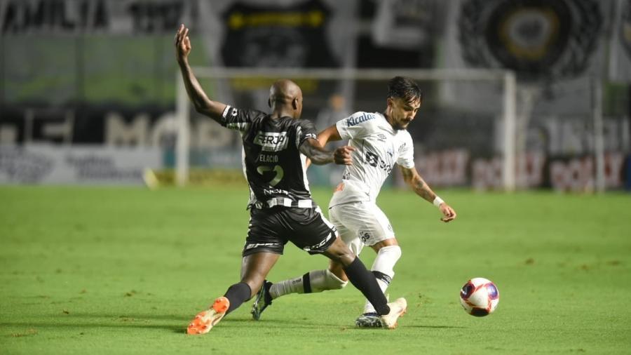 Lucas Lourenço pelo Santos em vitória sobre a Inter de Limeira - Ivan Storti