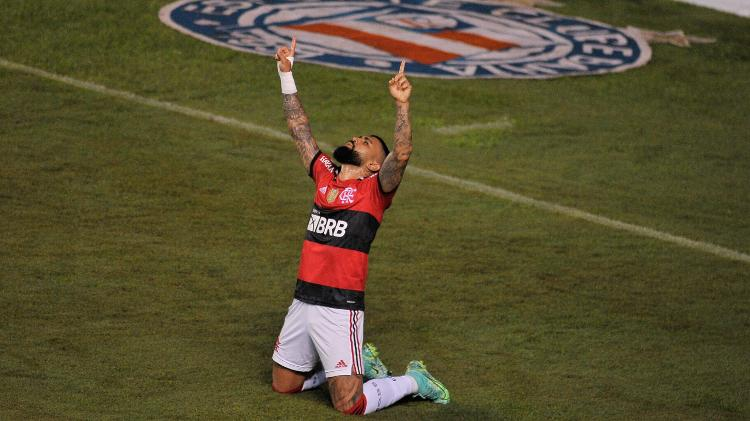 Com hat-trick de Gabigol, Flamengo goleia o Bahia fora de casa pelo Brasileirão