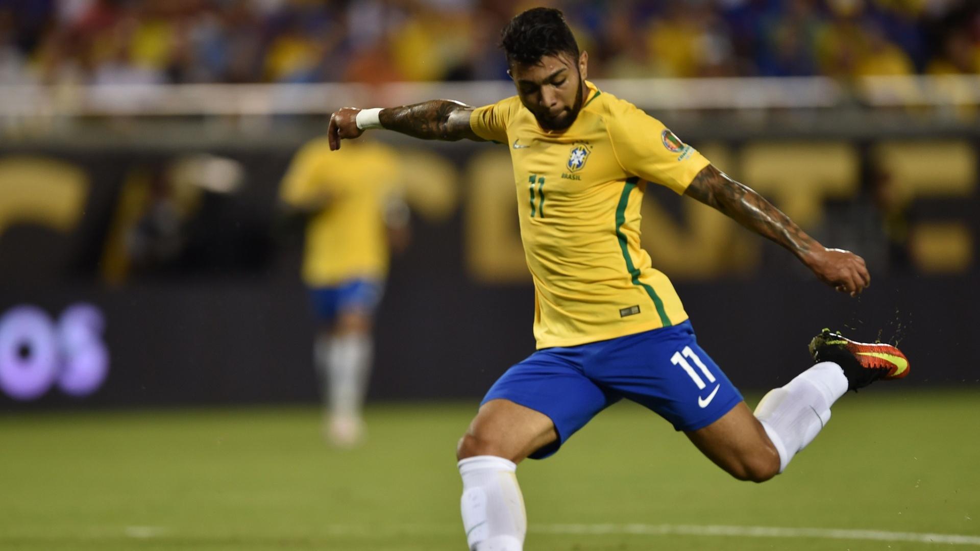 Gabigol marca o quarto gol do Brasil diante do Haiti na Copa América Centenário