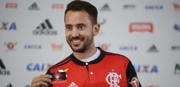 Everton Ribeiro fará a sua estreia pelo Flamengo depois do investimento de R$ 22 mi