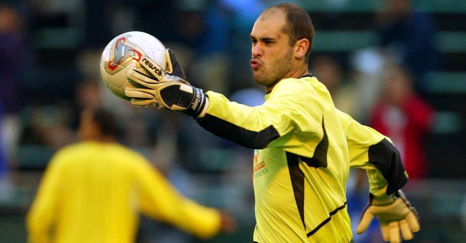Marcos, goleiro da seleção, durante treina na Copa de 2002