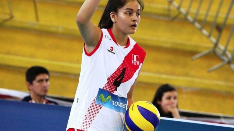 Alessandra Chocano Rios, jogadora de vôlei, ex-atleta da seleção feminina infantil do Peru - Reprodução/Twitter