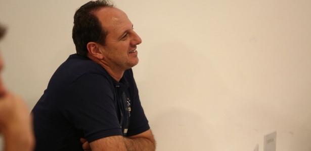 Rogério Ceni concluiu a primeira etapa do curso de treinador da CBF