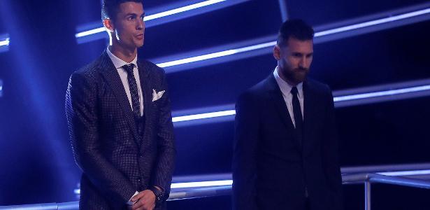 Messi e Cristiano Ronaldo rivalizaram nos últimos anos - Eddie Keogh/Reuters