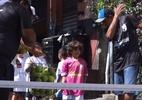 Projeto em Paraisópolis ensina tênis para crianças nas ruas da comunidade - TV UOL