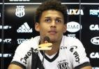 Reforço do Santos foi expulso em estreia no profissional e sofreu com lesão