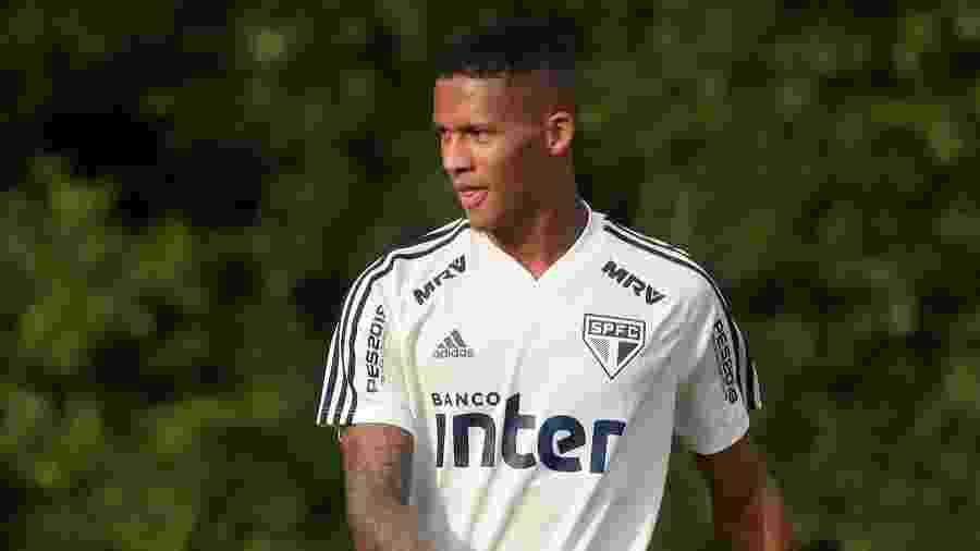 Rodrigo é zagueiro revelado pela base do São Paulo - Marcello Zambrana/AGIF