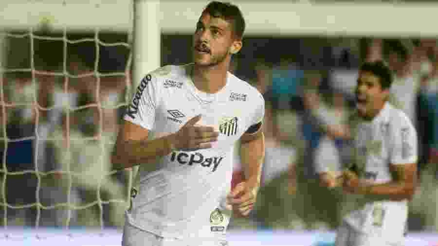 Gustavo Henrique comemora gol do Santos contra o Palmeiras - Fernanda Luz/AGIF