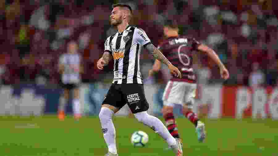 Nathan, do Atlético-MG, durante partida contra o Flamengo pelo Campeonato Brasileiro  - Thiago Ribeiro/AGIF
