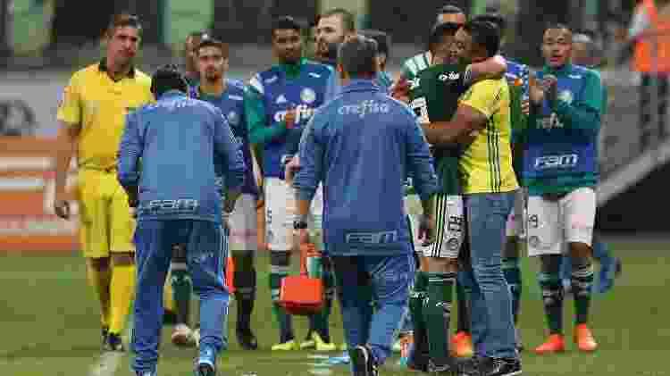Willian Bigode abraça Roger Machado nos tempos de Palmeiras; dupla pode ser reeditada no Fluminense - Cesar Greco/SEP - Cesar Greco/SEP
