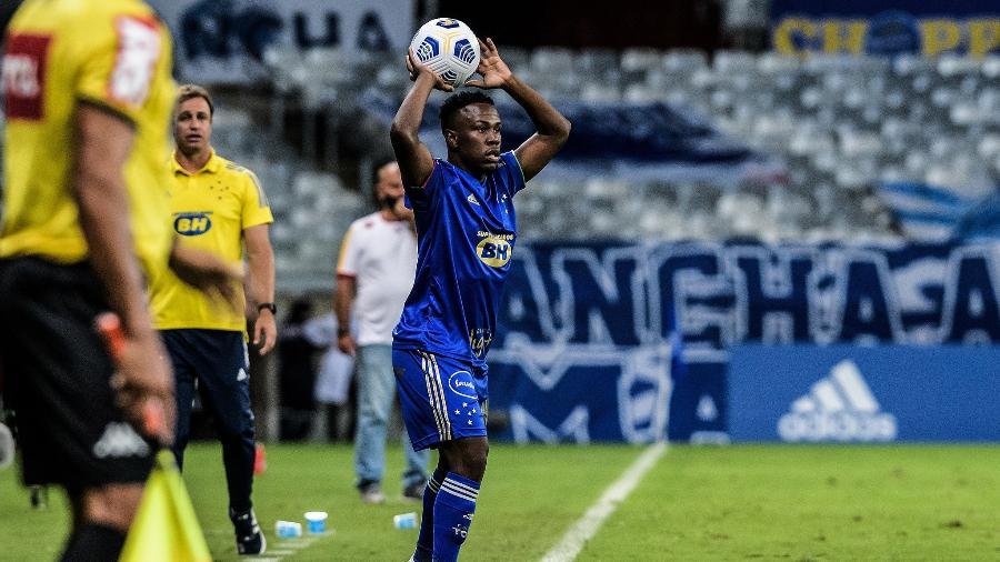Klebinho foi punido por ato de indisciplina e isso motivou a Raposa na decisão pela devolução do jogador - Gustavo Aleixo/Cruzeiro