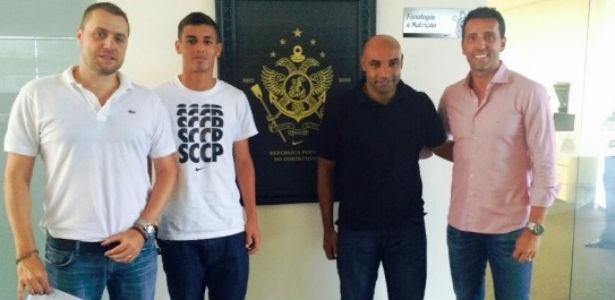 Fernando Alba (à esquerda) foi escolhido novo diretor de futebol adjunto do Corinthians