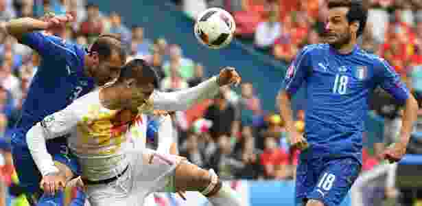 Campeã em 2012, Espanha deu adeus ao perder para a Itália por 2 a 0 - Francisco Leong/AFP