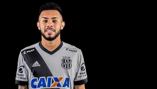 Cláudio Luiz Rodrigues Parisi Leonel, atacante da Ponte Preta