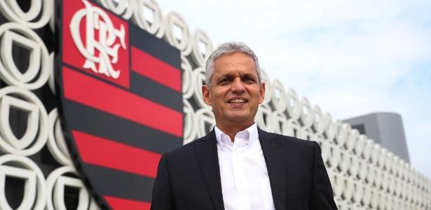 Dirigentes acreditam que colombiano vai permanecer no clube