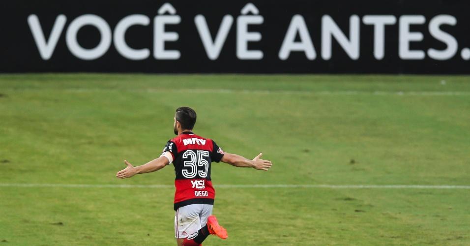 Diego comemora gol do Flamengo contra o Corinthians