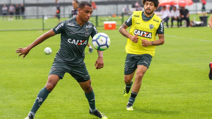 Leandrinho, atacante do Atlético-MG, tem salário elevado e é pouco usado por Levir Culpi - Bruno Cantini/Divulgação/Atlético-MG