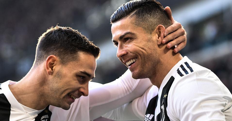 Cristiano Ronaldo comemora gol diante da Sampdoria